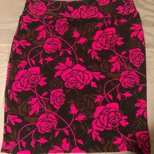 LuLaRoe Cassie skirt hot pink roses  size 3X